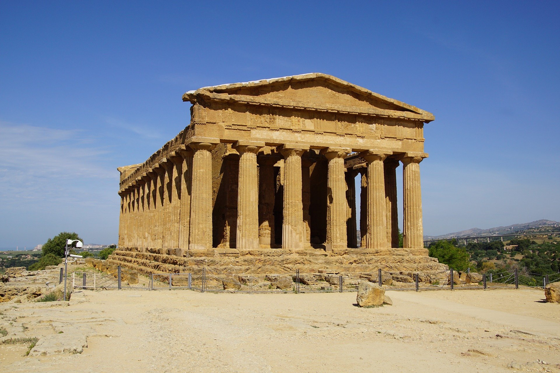 Jonicatour will take you to Agrigento