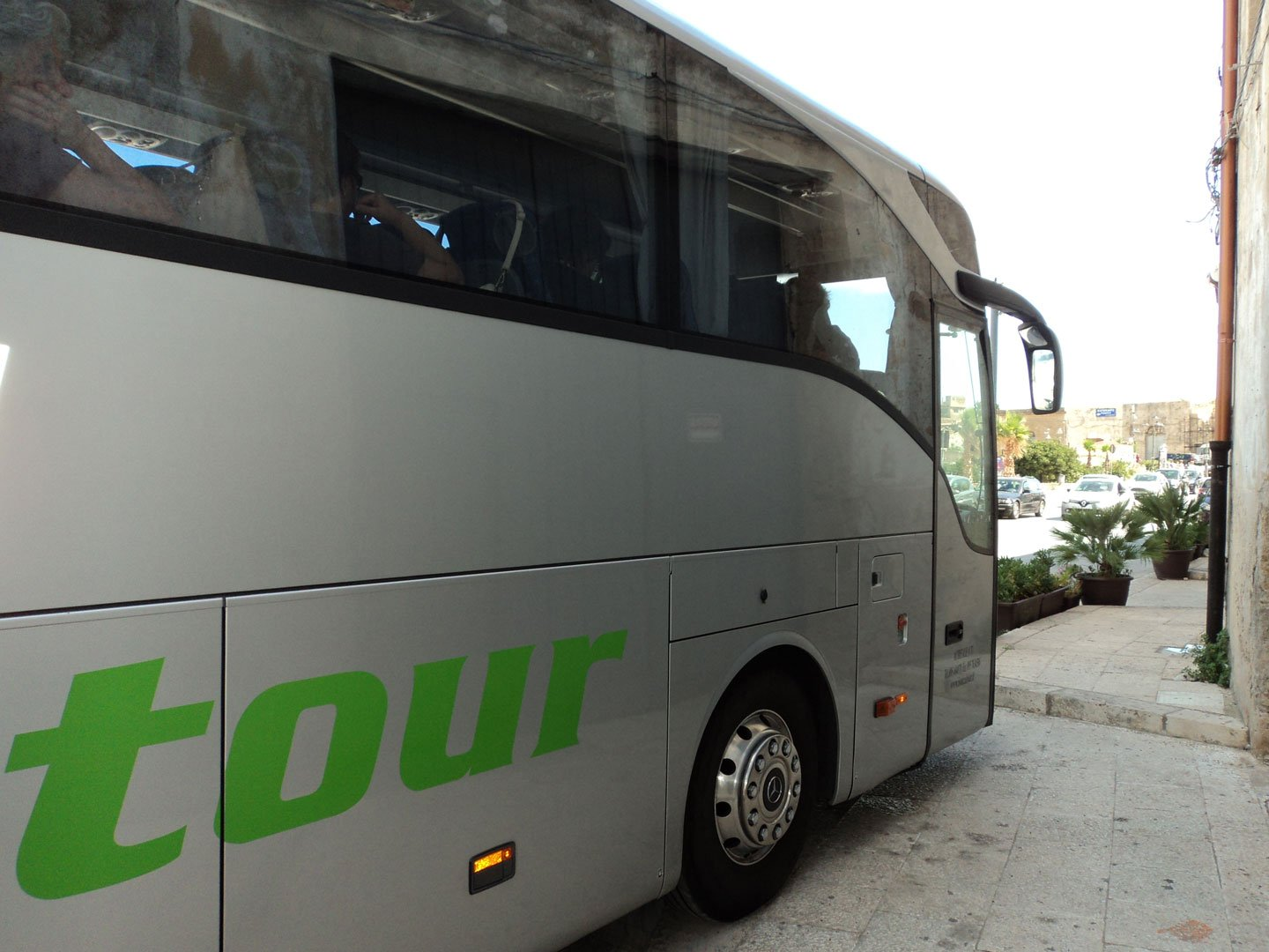 hire bus sicily - side pullman GT
