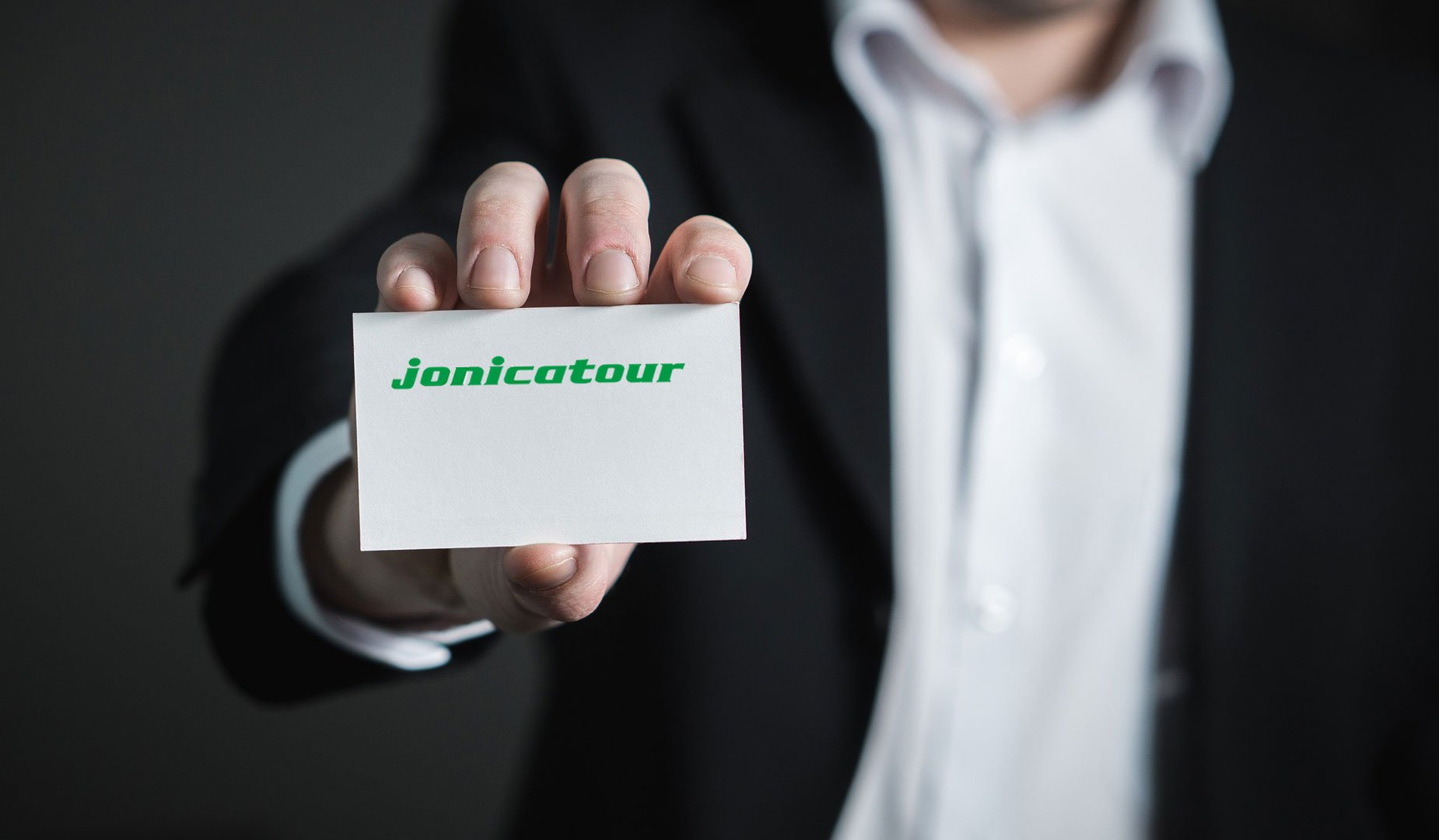 jonicatour business card