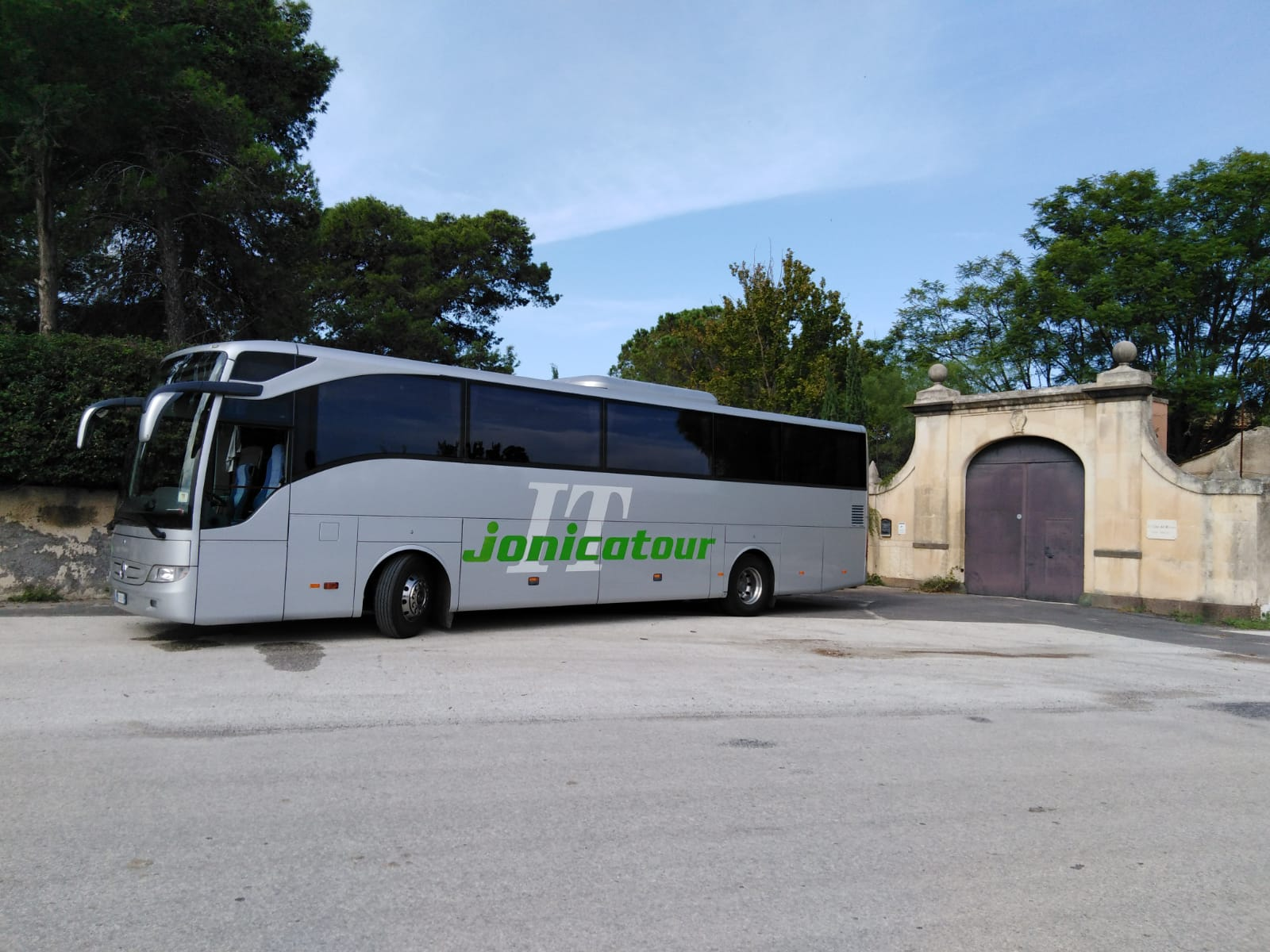 Jonicatour BUS GT